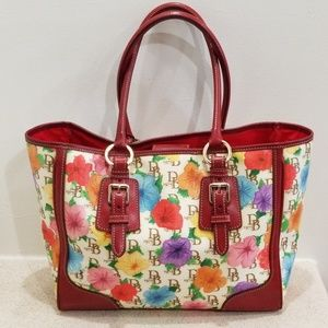 Authentic Dooney & Bourke 1975 xl signature tote